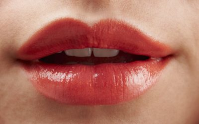 4 Ways to Love Your Lips